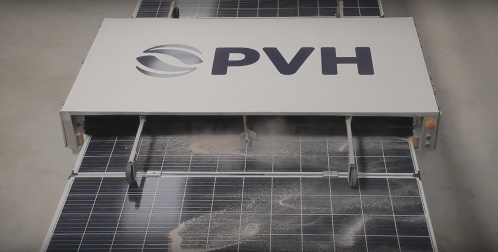 PVH cleaning robot